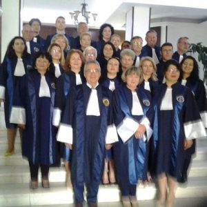Tribunal 1